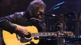 Neil Young – Needle And The Damage Done (Unplugged)