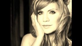 Ghost In This House – Alison Krauss