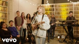 Grace VanderWaal – Moonlight (Live on the Honda Stage at Brooklyn Art Library)