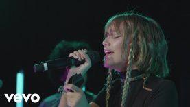 Grace VanderWaal – Waste My Time (Live Performance)