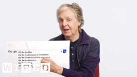 Paul McCartney invites fans up on stage and waves the Canadian flag in Vancouver – 19-04-2016